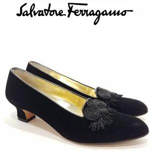 Salvatore Ferragamo Velvet Pumps 8.5 AAAA